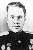 Стрелок-радист флагманского экипажа В.М.Кротенко.